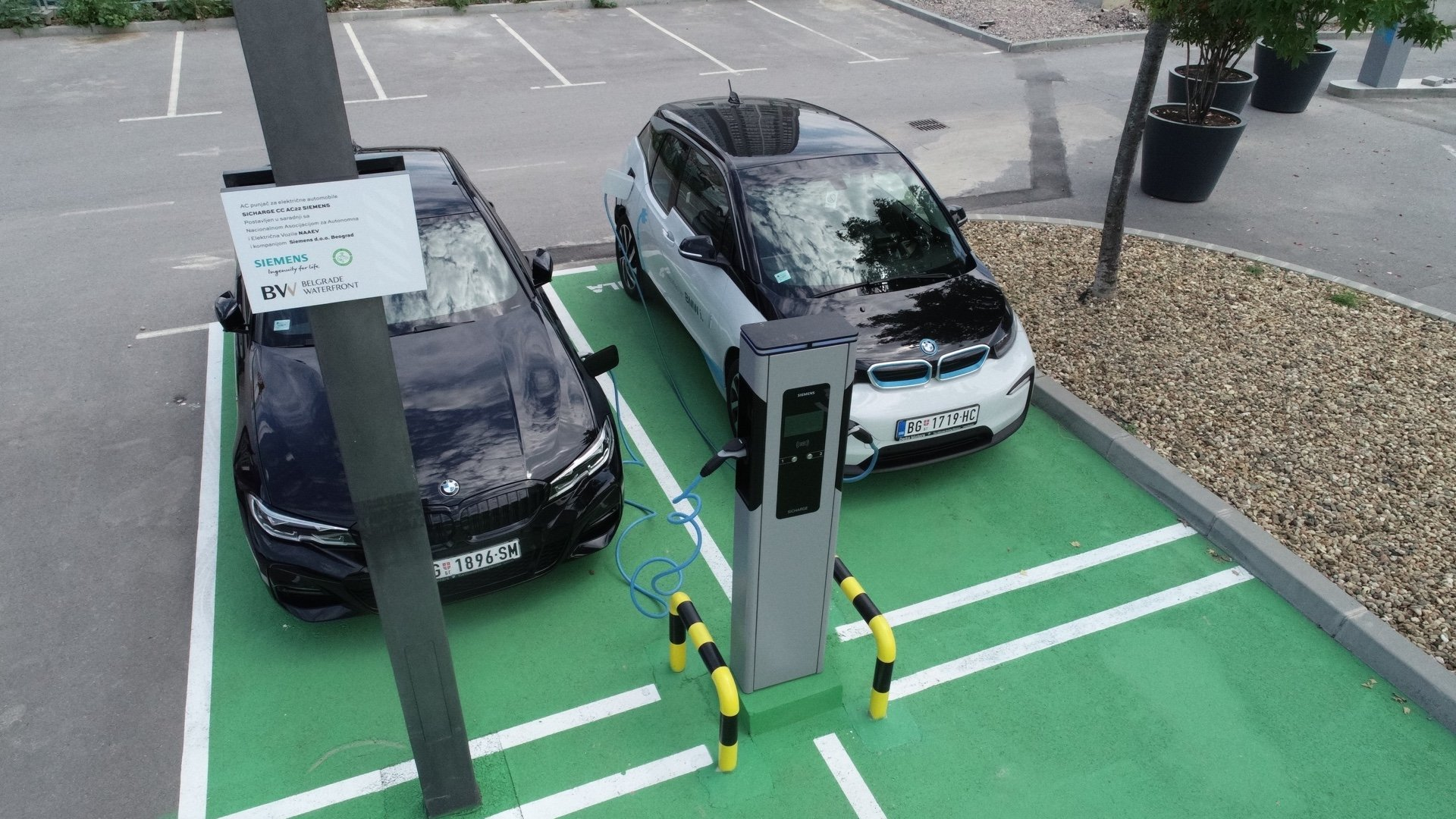 BW-Electric vehicles chargers installed - image 01
