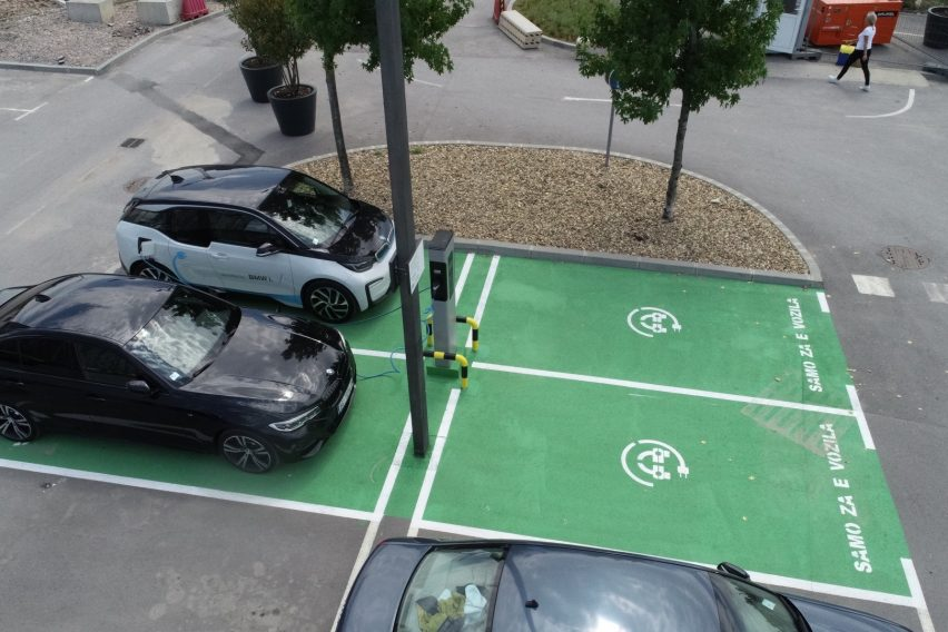 BW-Electric vehicles chargers installed - image 03